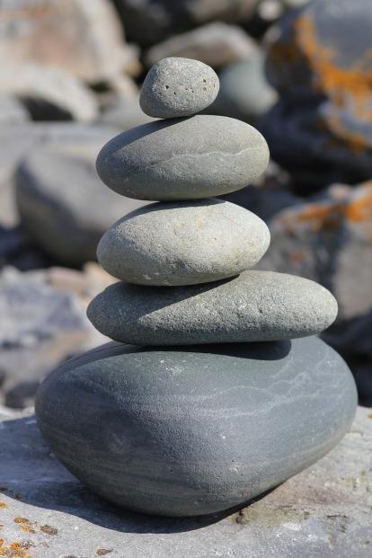 stones-890732_1920